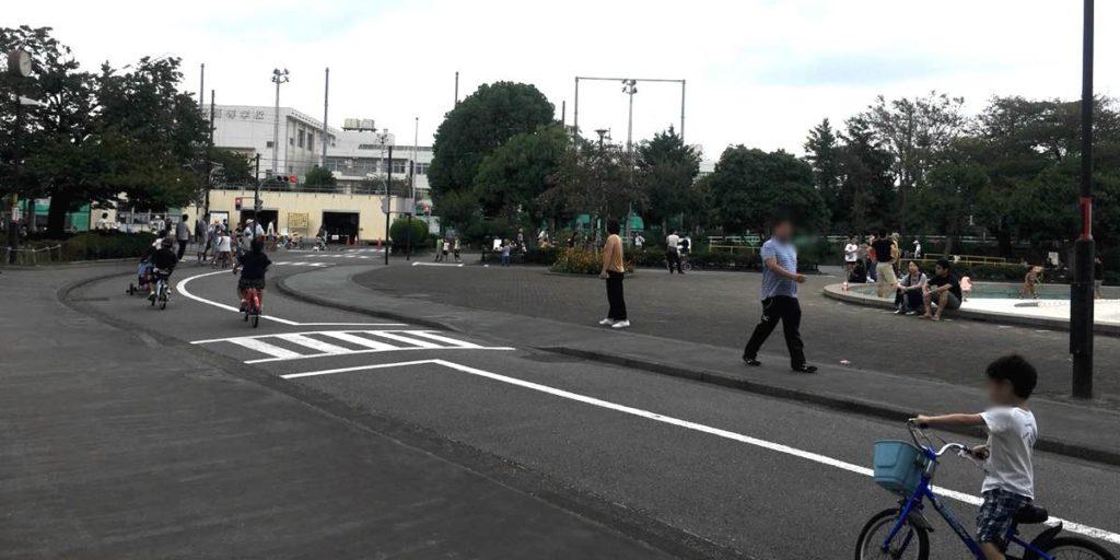 上千葉砂原公園の交通遊具