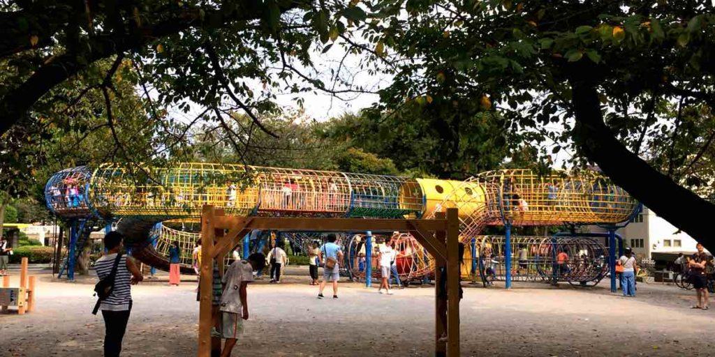 上千葉砂原公園のメビウスの輪という遊具