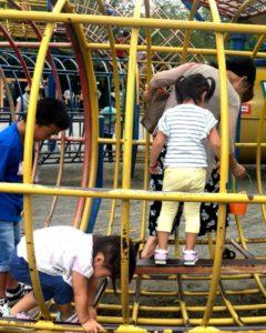 上千葉砂原公園で遊ぶ長女