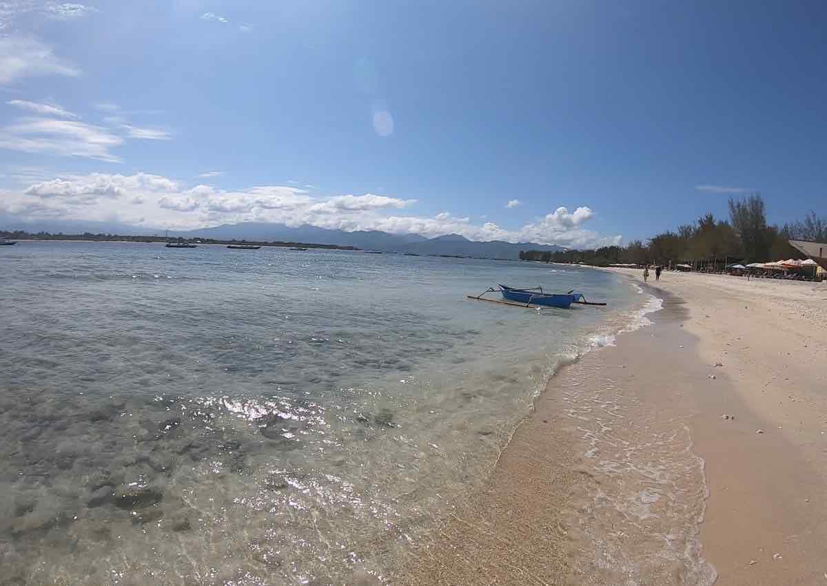 ギリ・トラワンガン島
