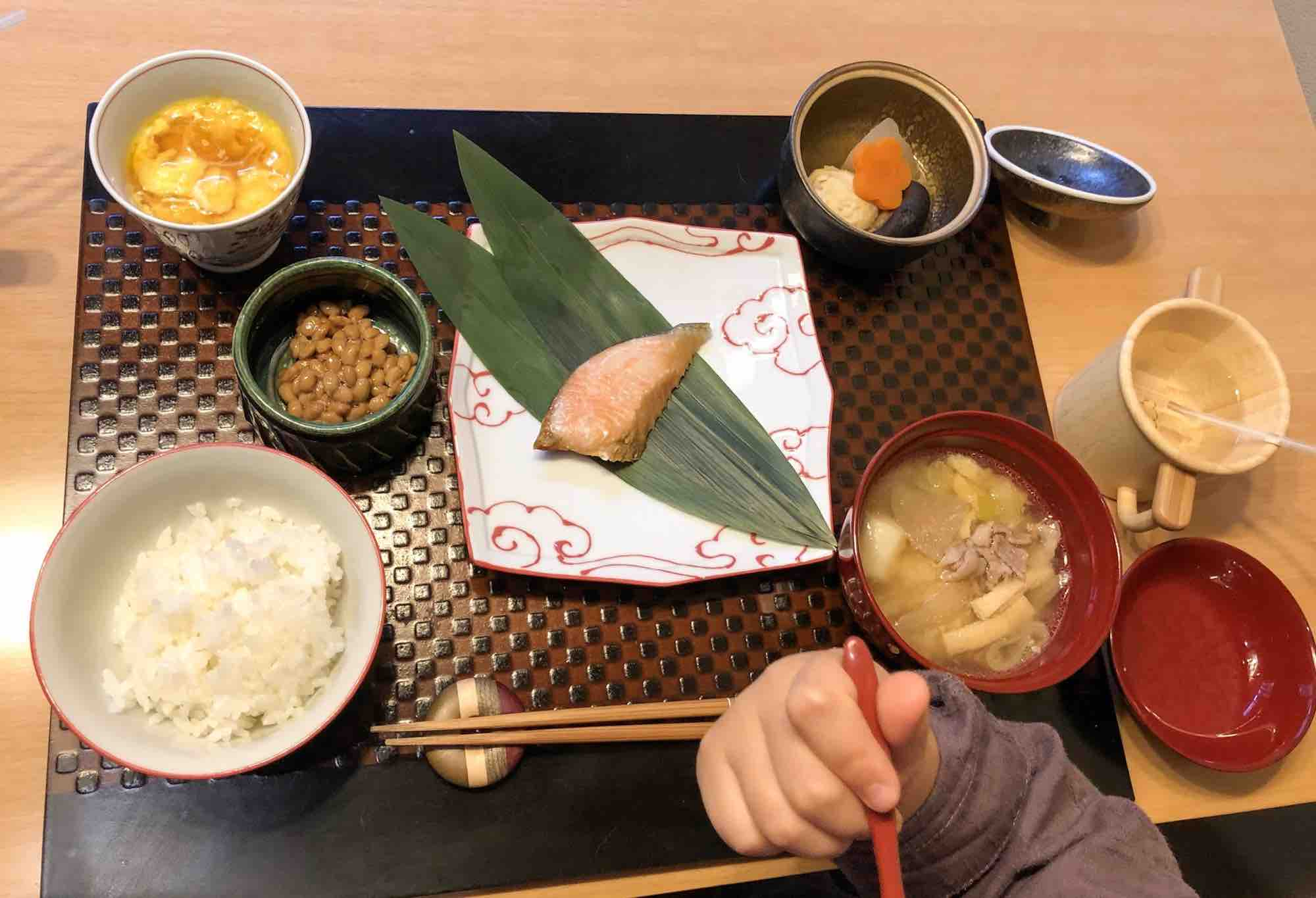 界仙石原の子供朝食
