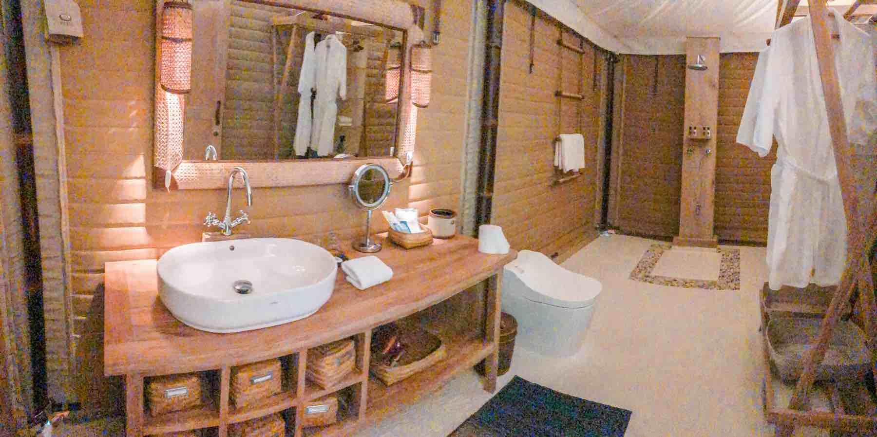 KEIKOKU GALMPINGのトイレとバスルーム